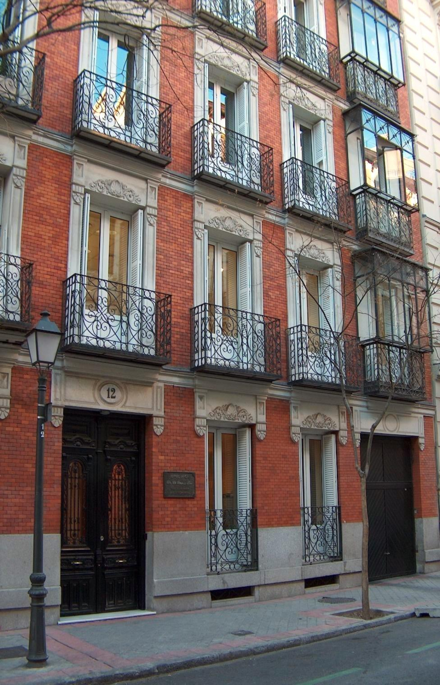 Pío Baroja. Calle Ruíz de Alarcón nº 12