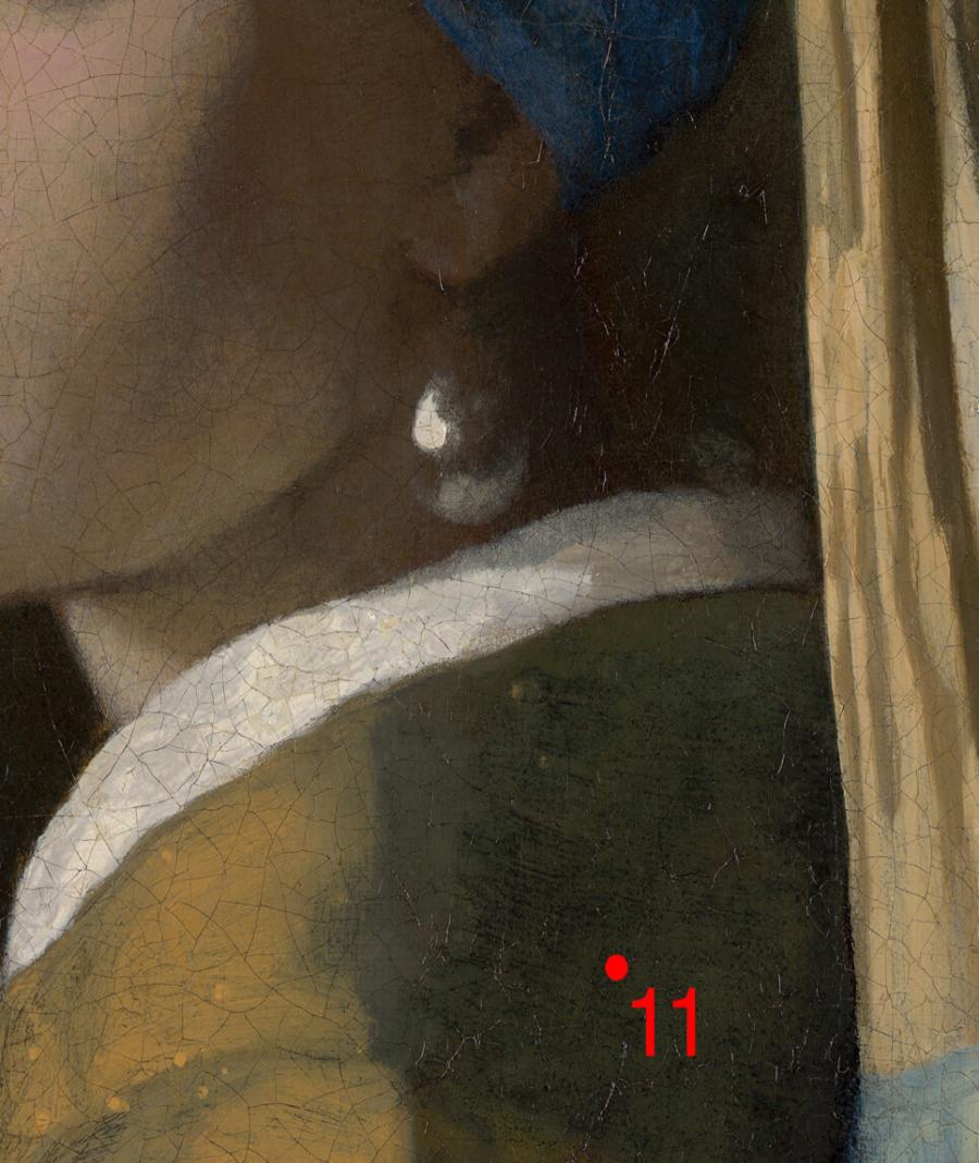 La joven de la perla. Johannes Vermeer. 1665-1666. Museo Mauritshuis (La Haya). Fragmento hombro junto a un daño existente.
